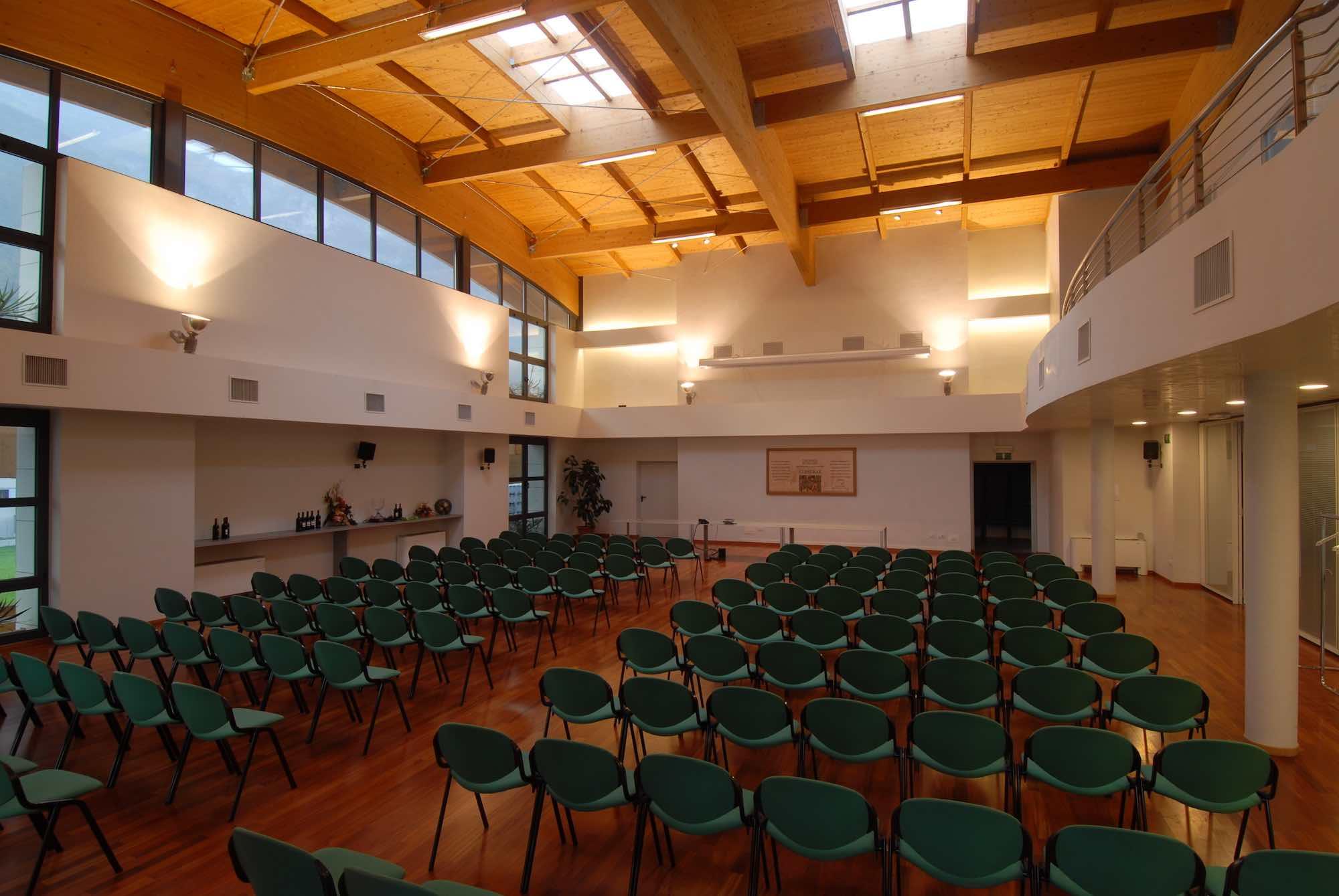 ROTALIANA CANTINA sala assemblee