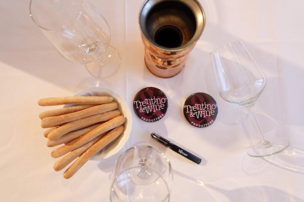 trentino_wine_tasting